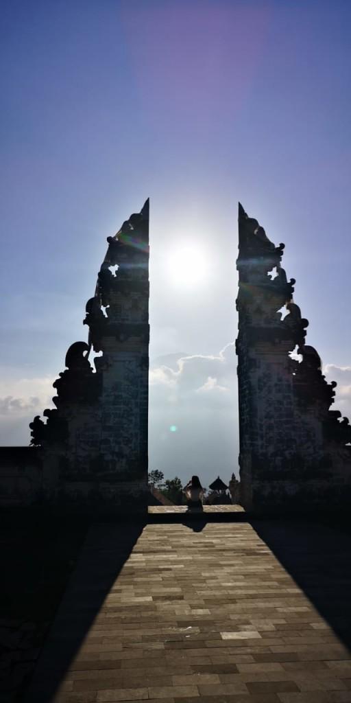 hram-lempuyang-3