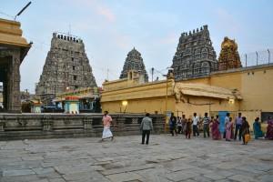 Kanchi-Kamakshi-Amman-temple-Kanchipuram