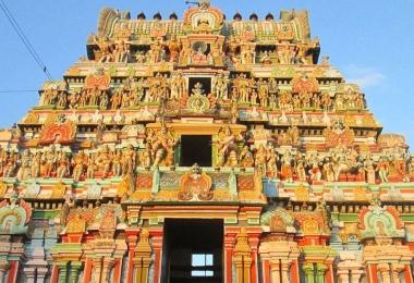 Храм Раху. Tirunageswaram Naganathar Temple