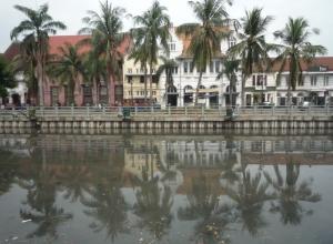 Индонезия — Бруней